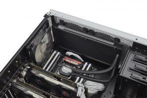 Corsair Hydro Series H110i GT - Montato nel case