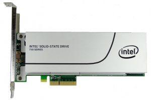 Intel SSD 750 da 400 GB