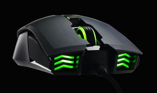 Mouse Cooler Master Storm Devastator II con illuminazione a LED