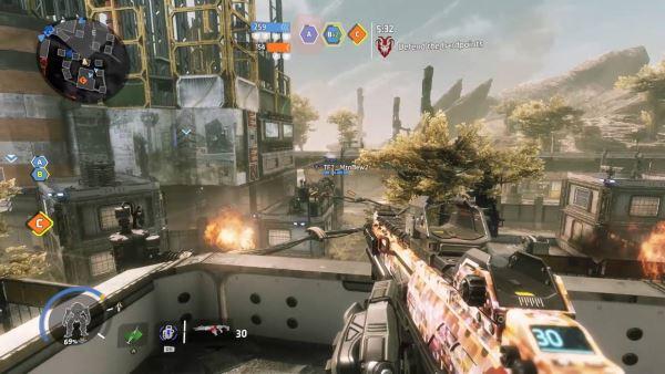 Titanfall 2 combattimento e gameplay
