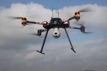 Drone civile AltiGator OnyxStar Fox-C8 XT in volo
