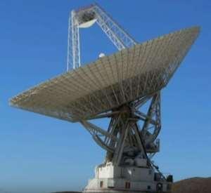 Antenna per la ricezione di segnali radio dallo spazio