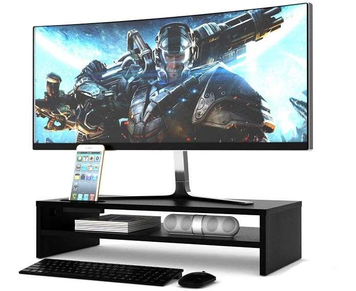 Come scegliere il tavolo per la propria TV e PC